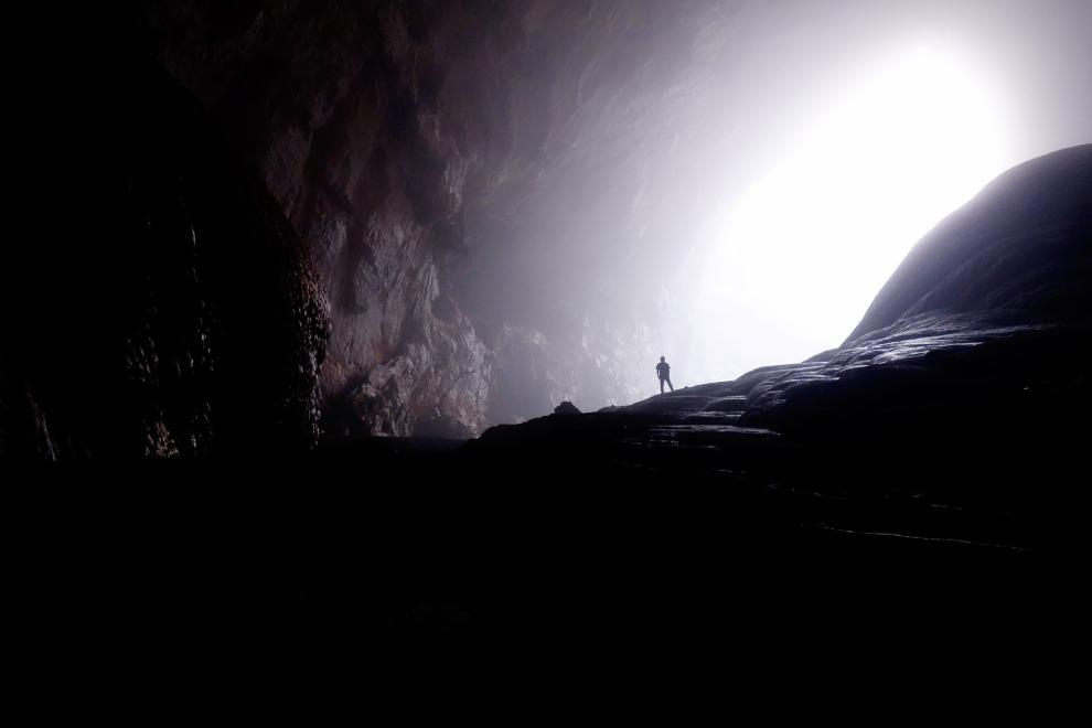 cave-1835825_1920_pexels